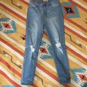 Refuge Boyfriend Skinny Jeans